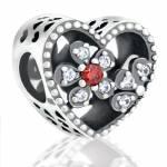 Abalorio piedras y corazon