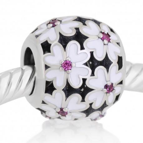 Flores esmalte blanco y pedras